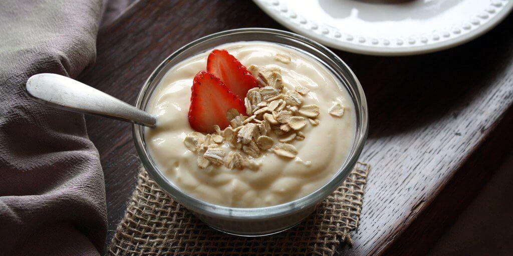 Joghurt-gyümölcs nyáron